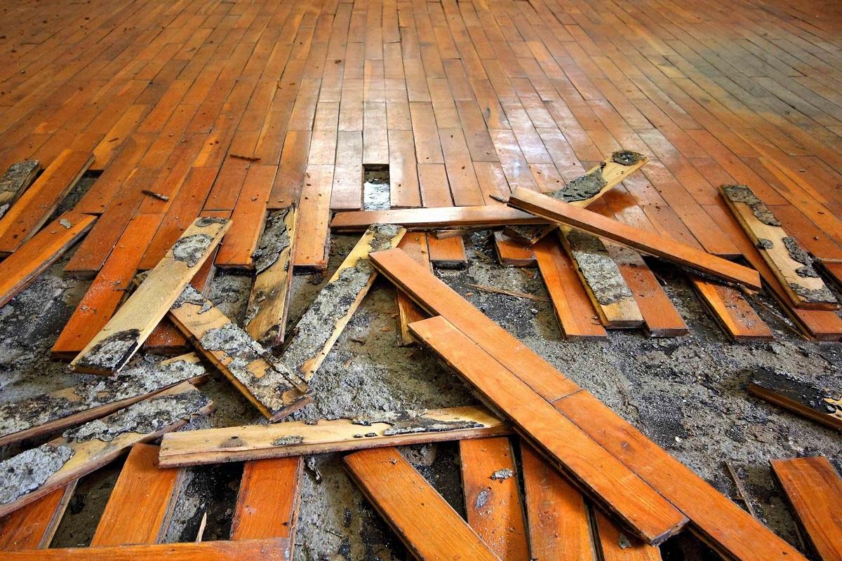 фото демонтажа деревянного пола